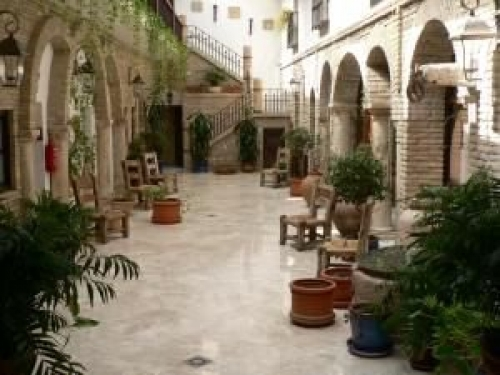 Cordoba: naast de moskee